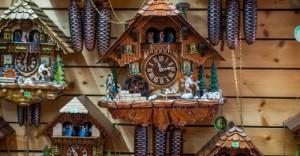 Сувениры - часы кукушки